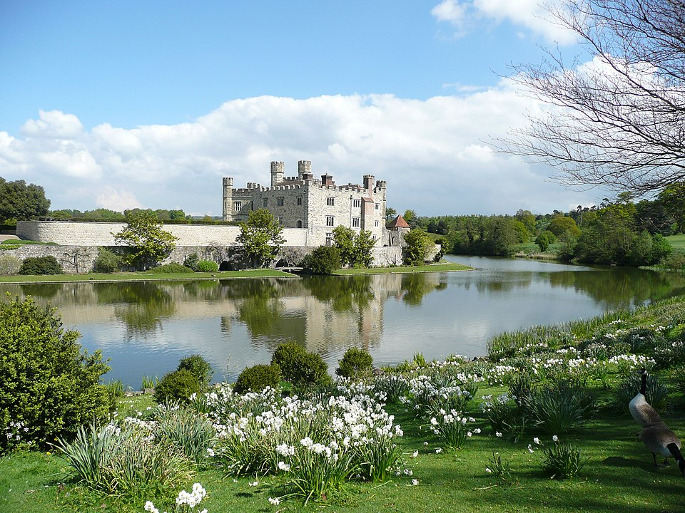 English Medieval Castles: Leeds Castle