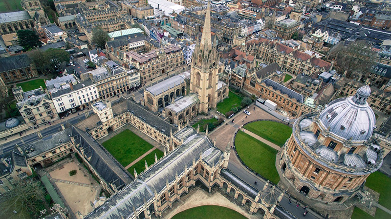 English Medieval Towns: Oxford