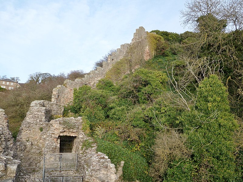 Berwick Castle 'Breakneck Path' and wall